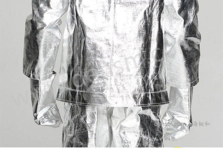 DH-R11高温隔热服实物图片-反面2